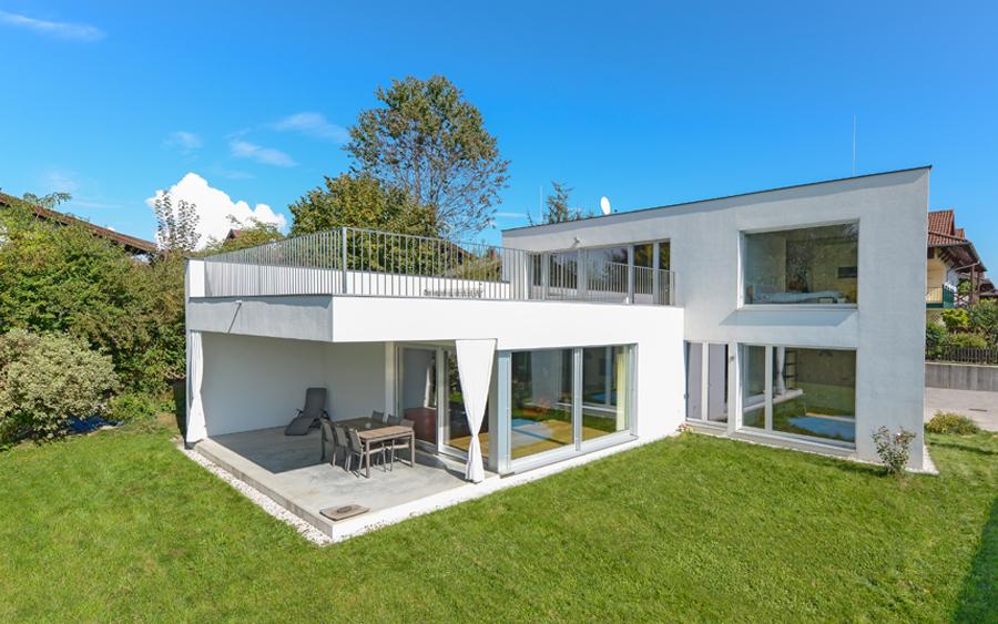 Designvilla Helle Freude - Haus / Villa 208 m² in Neumarkt