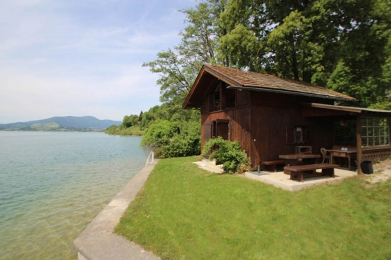 Holiday Home Lakeside Magic
